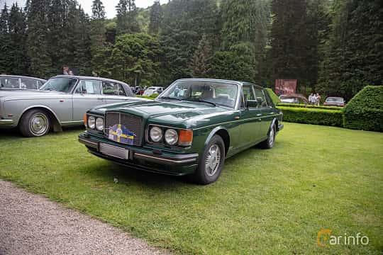 Front/Side  of Bentley Turbo R 6.75 V8 Automatic, 313ps, 1990 at Rolls-Royce och Bentley, Norrviken Båstad 2019