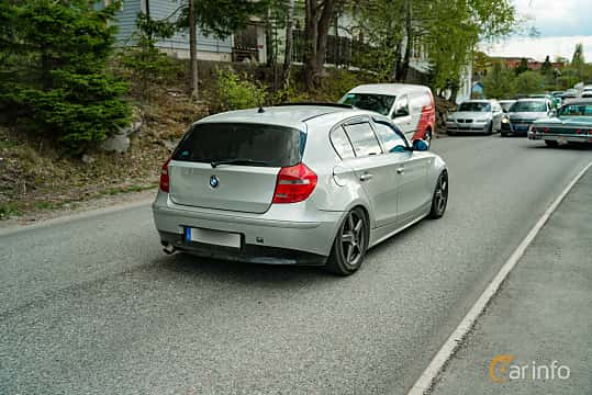 Back/Side of BMW 118d  Manual, 122ps, 2007 at Vårcruising Järna 2019