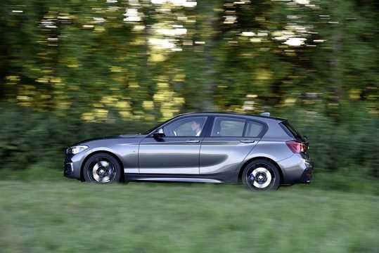 Side  of BMW M140i xDrive 5-door  Steptronic, 340hp, 2018