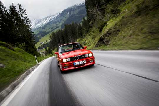 Back of BMW M3  Manual, 195hp, 1986