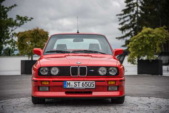 Front  of BMW M3  Manual, 195hp, 1986