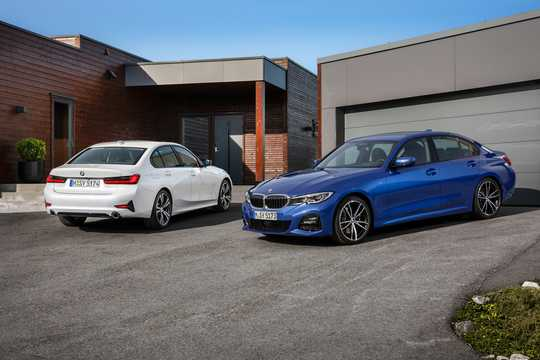 Front/Side  of BMW 3 Series Sedan 2019