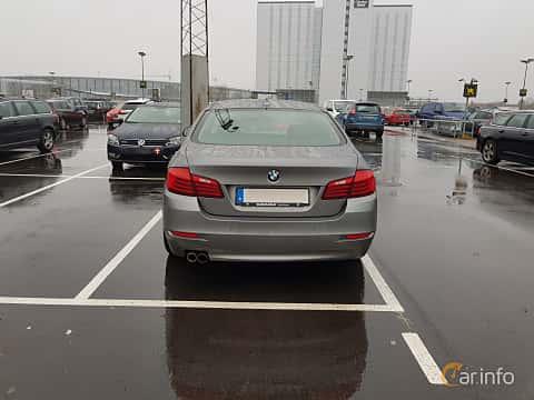 Bak av BMW 530d xDrive Sedan 3.0 xDrive Steptronic, 258ps, 2015