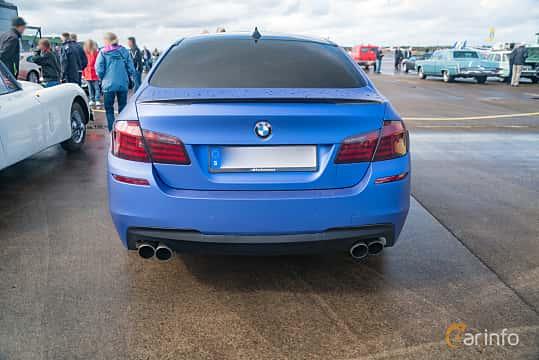 Back of BMW 550i xDrive Sedan  Steptronic, 408ps, 2011 at Fly ´n´ Ride 2018