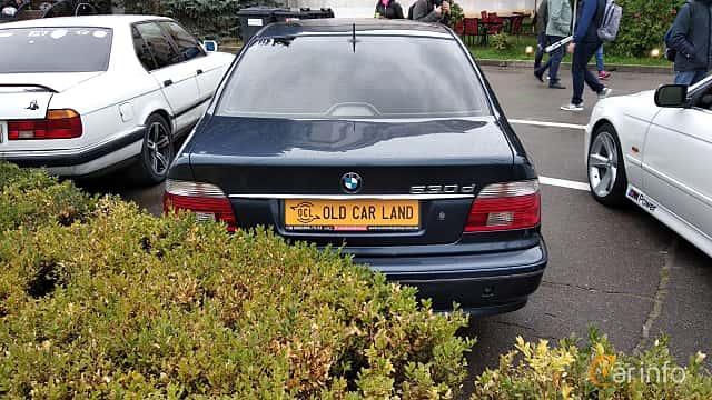 Back of BMW 530d Sedan  193ps, 2001 at Old Car Land no.2 2018