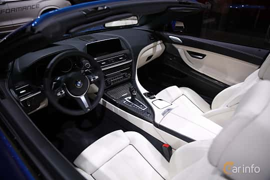 Interiör av BMW 650i xDrive Convertible 4.4 V8 xDrive Steptronic, 450ps, 2017 på North American International Auto Show 2017