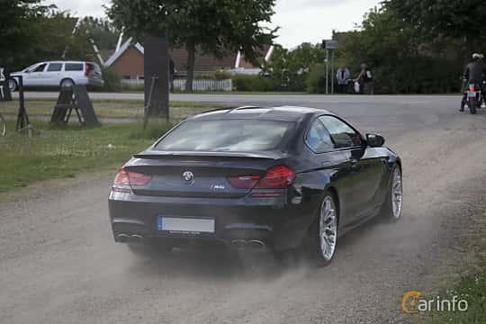 Back/Side of BMW M6 Coupé 4.4  DCT, 560ps, 2013 at Tisdagsträffarna Vikingatider v.25 / 2017
