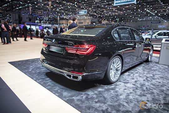 User Images Of BMW M760Li XDrive 66 V12 Steptronic 610hp