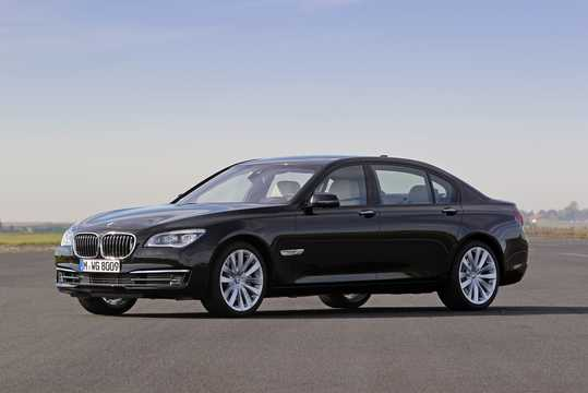 Front/Side  of BMW 760Li  Steptronic, 544hp, 2012