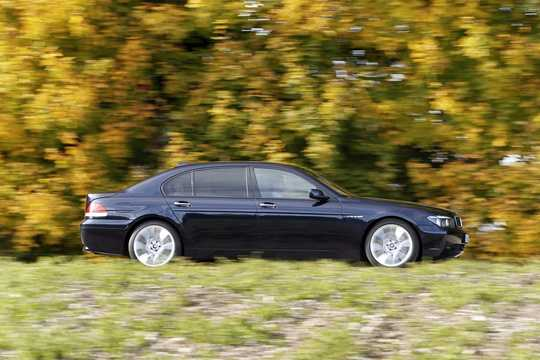 Side  of BMW 760Li  Automatic, 445hp, 2002