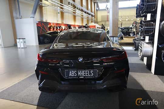 Bak av BMW M850i xDrive  Steptronic, 530ps, 2019 på Bilsport Performance & Custom Motor Show 2019