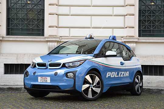 Front/Side  of BMW i3 2016
