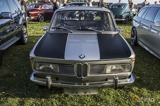 BMW New Class 4-door Sedan E10
