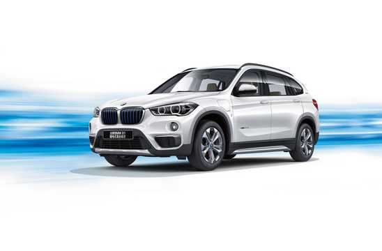 Front/Side  of BMW X1 xDrive25Le iPerformance  Steptronic, 231hp, 2016