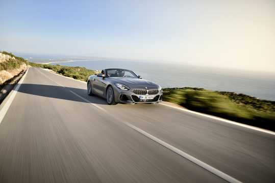Front/Side  of BMW Z4 M40i  Steptronic, 340hp, 2019