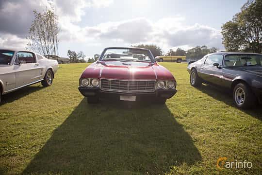 Fram av Buick Skylark Convertible 5.7 V8 Automatic, 264ps, 1970 på Bil & Mc-café vid Tykarpsgrottan v.33 (2017)