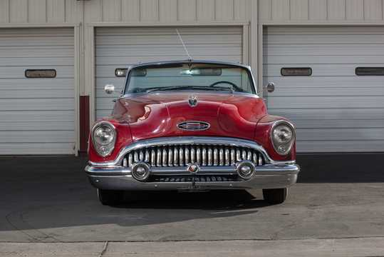 Front  of Buick Super Convertible 5.3 V8 Automatic, 172hp, 1953