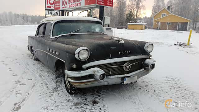 Front/Side  of Buick Super Sedan 5.3 V8 Automatic, 258ps, 1956
