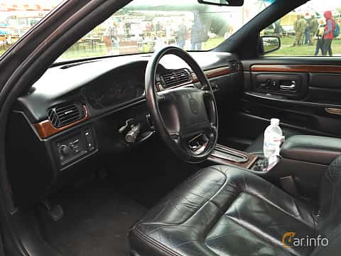 Interior of Cadillac De Ville Concours 4.6 V8 Automatic, 305ps, 1998 at Old Car Land no.2 2017