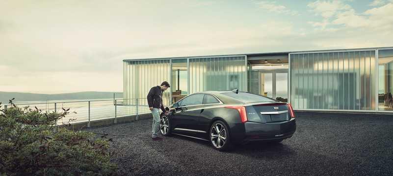 Back/Side of Cadillac ELR 1.4 ecoFLEX CVT, 220hp, 2016