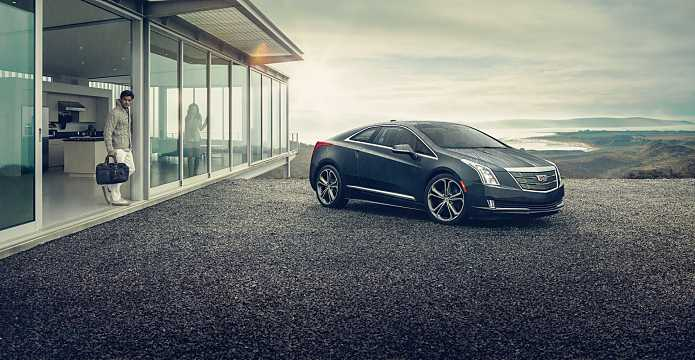 Front/Side  of Cadillac ELR 1.4 ecoFLEX 220hp, 2016