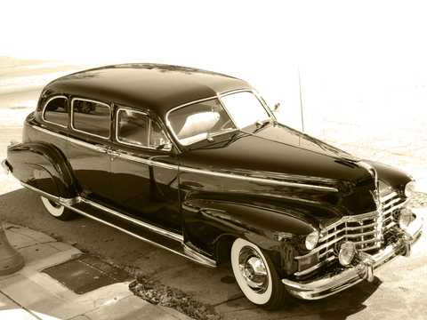 Front/Side  of Cadillac Fleetwood Seventy-Five Limousine 5.7 V8 Hydra-Matic, 152hp, 1947