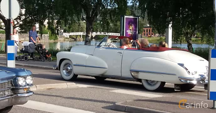 Back/Side of Cadillac Sixty-Two Convertible Coupé 5.7 V8 Hydra-Matic, 152ps, 1947 at Nostalgidagarna Härnösand 2019