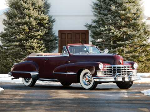 Front/Side  of Cadillac Sixty-Two Convertible Coupé 5.7 V8 Hydra-Matic, 152hp, 1947