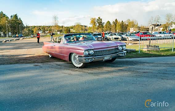 Front/Side  of Cadillac Sixty-Two Convertible 6.4 V8 OHV Hydra-Matic, 330ps, 1960 at Wheelers Cruising, Vetlanda 2019
