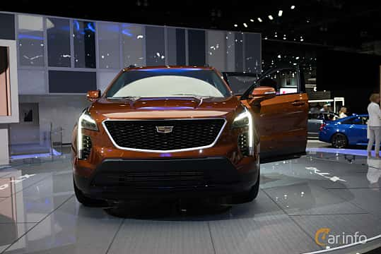 Front  of Cadillac XT4 2.0 Turbo AWD Automatic, 241ps, 2019 at LA Motor Show 2018