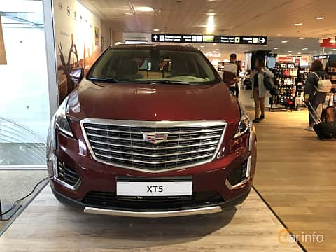 Front  of Cadillac XT5 3.6 V6 AWD Automatic, 314ps, 2019