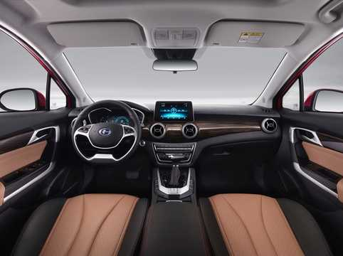 Interior of Changhe A6 1.5 CVT, 116hp, 2018
