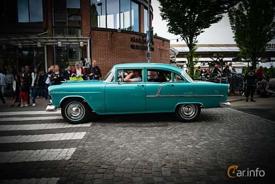 Side  of Chevrolet Two-Ten 4-door Sedan 4.3 V8 165ps, 1955 at Hässleholm Power Start of Summer Meet 2016