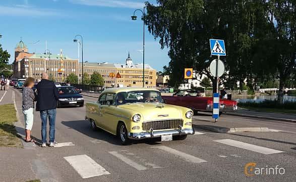 Front/Side  of Chevrolet Bel Air Sport Coupé 4.3 V8 Powerglide, 183ps, 1955 at Nostalgidagarna Härnösand 2019