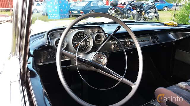Interior of Chevrolet Bel Air Sport Sedan 4.6 V8 Powerglide, 254ps, 1957