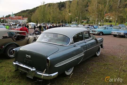 Back/Side of Chevrolet Bel Air 4-door Sedan 3.9 Manual, 117ps, 1954 at Kungälvs Kulturhistoriska Fordonsvänner  2019 Torsdag vecka 35