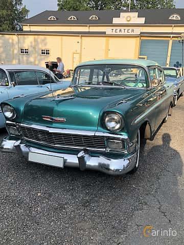 Front/Side  of Chevrolet Bel Air 4-door Sedan 3.9 Powerglide, 142ps, 1956 at Bil & MC-träffar i Huskvarna Folkets Park 2019 vecka 25 tema GM-bilar