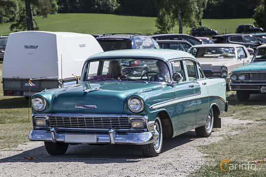 Front/Side  of Chevrolet Bel Air 4-door Sedan 3.9 Powerglide, 142ps, 1956 at Nostalgifestivalen i Vårgårda 2016