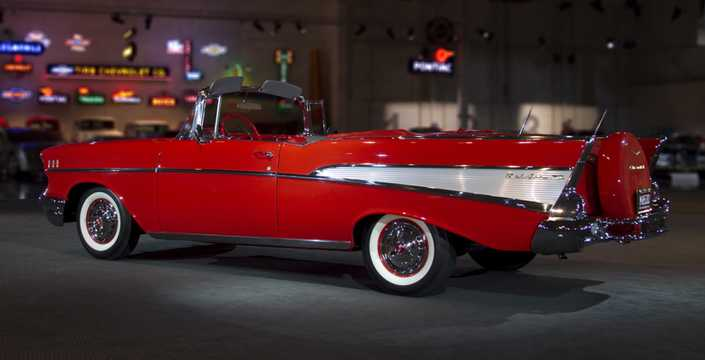 Back/Side of Chevrolet Bel Air Convertible 4.6 V8 Powerglide, 249hp, 1957