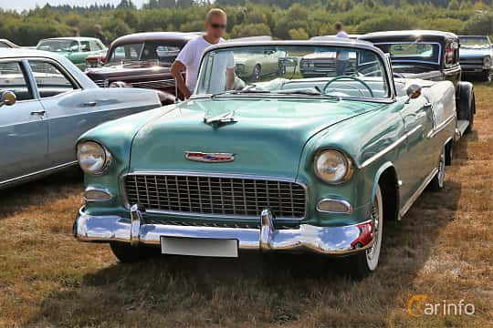 Front/Side  of Chevrolet Bel Air Convertible 4.3 V8 Powerglide, 165ps, 1955 at Falköping Nasco Yankee Meet 2018
