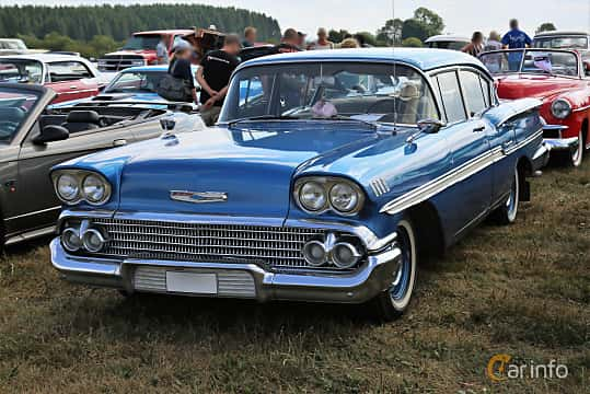 Front/Side  of Chevrolet Biscayne 4-door Sedan 3.9 Manual, 147ps, 1958 at Falköping Nasco Yankee Meet 2018