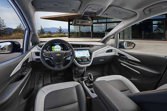 Interior of Chevrolet Bolt 60 kWh Single Speed, 204hp, 2017