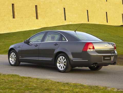 Back/Side of Chevrolet Caprice Sedan 6.0 V8 Automatic, 367hp, 2016