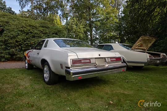 Back/Side of Chevrolet Chevelle Malibu Classic Coupé 5.7 V8 Hydra-Matic, 147ps, 1976 at Billesholms Veteranbilsträff 2019 augusti