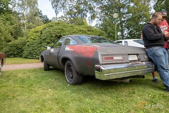 Back/Side of Chevrolet Chevelle Malibu Coupé 5.0 V8 Hydra-Matic, 142ps, 1976 at Billesholms Veteranbilsträff 2019 augusti