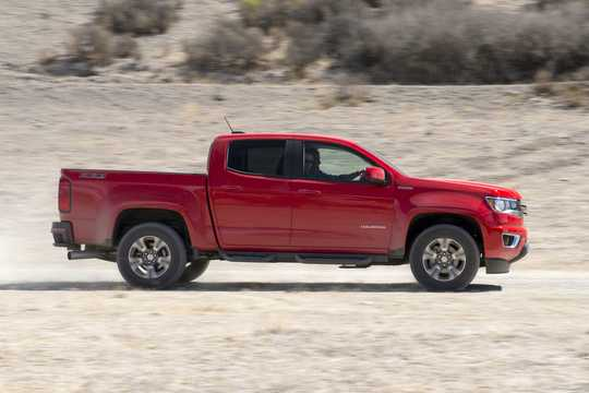 Side  of Chevrolet Colorado Crew Cab (NA) 2.8 4WD Automatic, 184hp, 2016