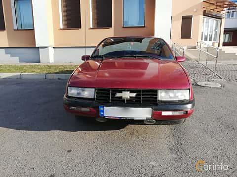 Fram av Chevrolet Corsica Sedan 3.1 V6 Automatic, 142ps, 1993
