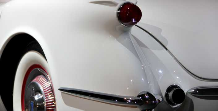 Close-up of Chevrolet Corvette 3.9 Powerglide, 152hp, 1953