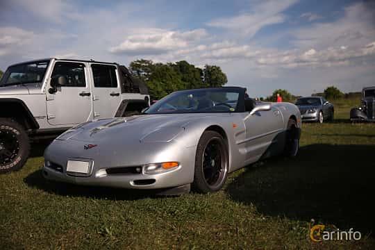 Fram/Sida av Chevrolet Corvette Convertible 5.7 V8 Automatic, 355ps, 2001 på Tisdagsträffarna Vikingatider v.21 / 2018