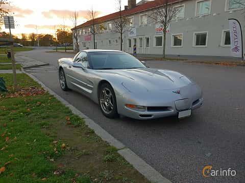 Fram/Sida av Chevrolet Corvette 5.7 V8 Manual, 350ps, 1998